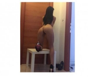 Anna-christina slut classified ads Ilkley